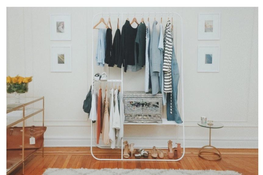 極簡衣櫥 輕便出遊